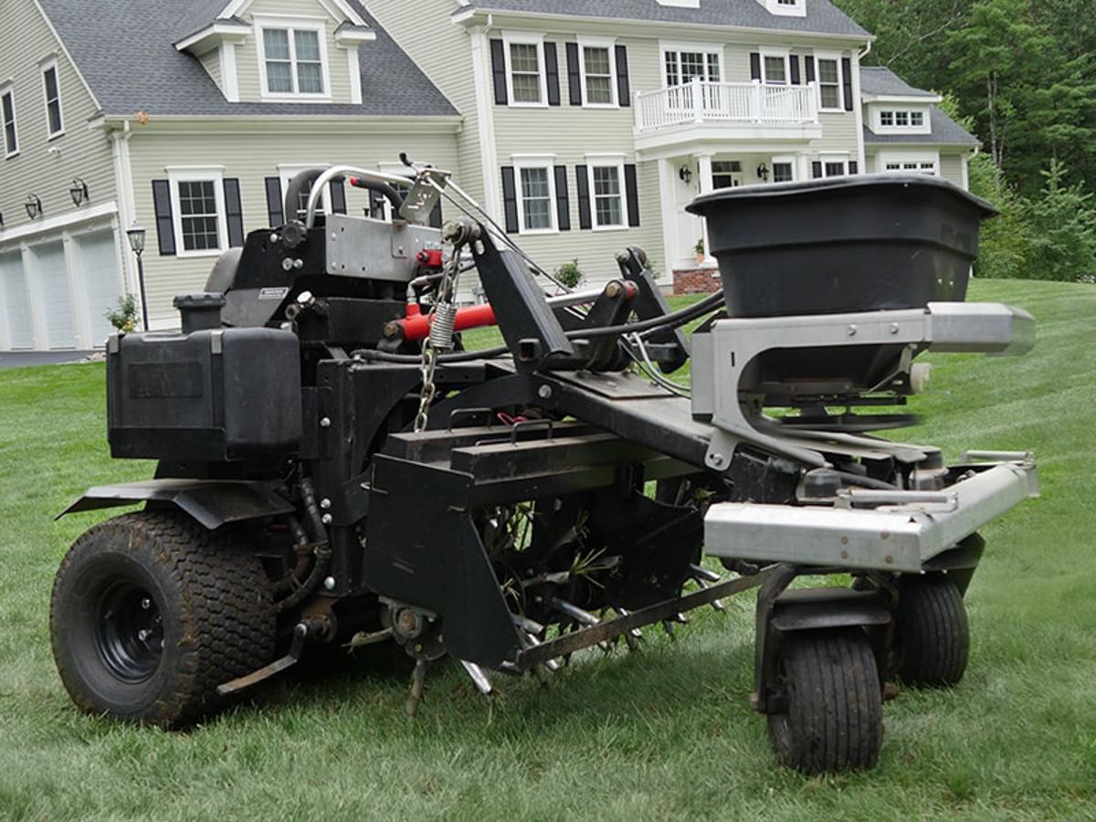 Z-Plug Lawn Aeration Service Device - Massachusetts